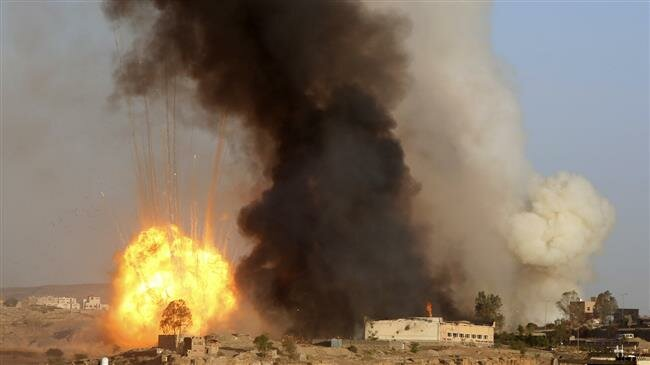 Dronenya Ditembak Jatuh Houthi, Saudi Bombardir Ibu Kota Yaman