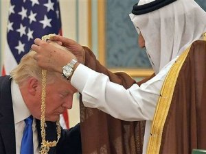 Raja Salman dan Trump