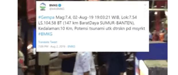 Video Warga Panik saat Gempa Banten