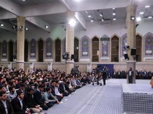 Ayatullah Ali Khamanei, Iran, Timur Tengah