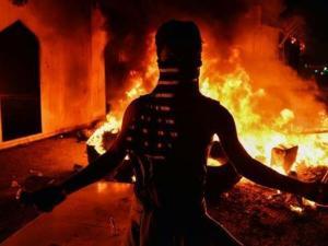 Irak Berlakukan Jam Malam di Najaf Pasca Serangan ke Konsulat Iran