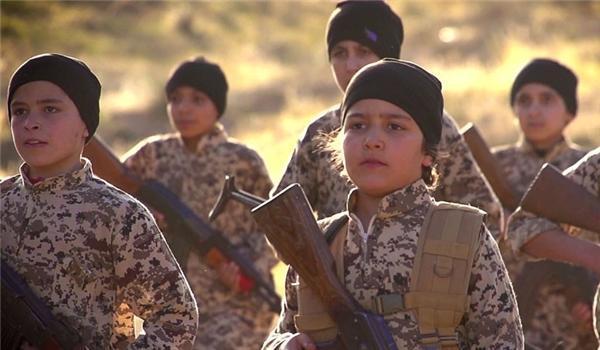 SDF Bersama AS Rekrut Lebih dari 100 Anak-anak ISIS