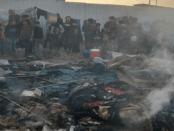 Sadis! Para Istri Teroris ISIS Bakar Kamp Teroris Asing