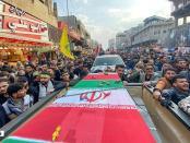 VIDEO: Iringi Prosesi Pemakaman Soleimani dan Abu Mahdi, Ratusan Ribu Rakyat Irak Teriakkan Mampus Amerika