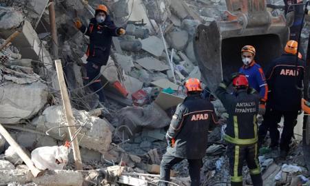 VIDEO Gempa di Perbatasan Iran-Turki, 8 Orang Dilaporkan Tewas