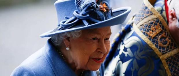 Pelayan Pribadi Ratu Elizabeth II Positif CoronaPelayan Pribadi Ratu Elizabeth II Positif Corona