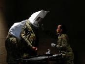 Pentagon Perintahkan Militer AS Gunakan Masker dari Kaos karena Kurangnya Pasokan Medis