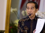 Distribusi Terganggu, Jokowi Minta Mendagri Tegur Pemda yang Blokir Jalan