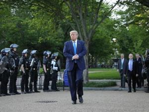 John Parker: Penindasan Polisi AS Dimaksudkan untuk Menjaga Kendali Kekuasaan
