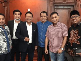 Denny Siregar Tunjuk Otto Hasibuan untuk Hadapi Telkomsel