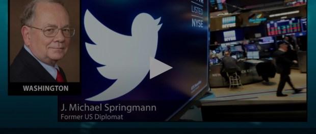 Mantan Diplomat: Propaganda AS Disebar Lewat Twitter dan Facebook