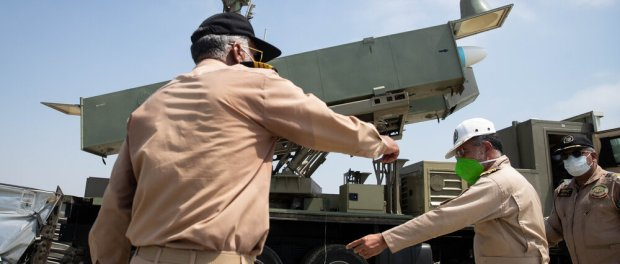 Iran Sukses Uji Coba 2 Rudal Jelajah Baru pada Manuver