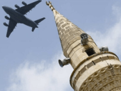 """'Setan dari Arab' Bahas Pemindahan Pangkalan """"Incirlik"""" AS dari Turki ke UEA"""