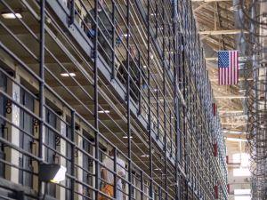 Satu dari Setiap 5 Tahanan di Amerika Terinfeksi Covid-19