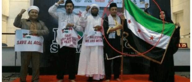 Islah Bahrawi dan Denny Siregar Desak Pemerintah Tangkap Bachtiar Nasir