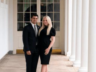 Jelang Trump Lengser, Tiffany Umumkan Tunangan dengan Pria Lebanon