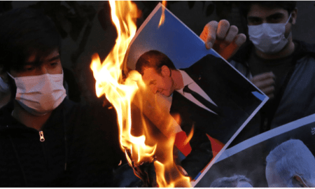 "Zarif ""Semprot"" Prancis: Jangan Membual Soal Nuklir Iran"