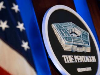 """Pentagon Akan """"Pecat"""" 42 Penasehat yang Diangkat Trump"""
