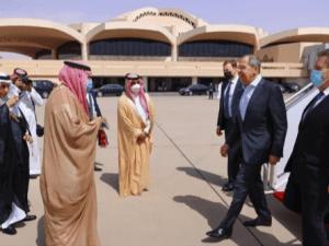 Menteri Luar Negeri Rusia Tiba di Arab Saudi