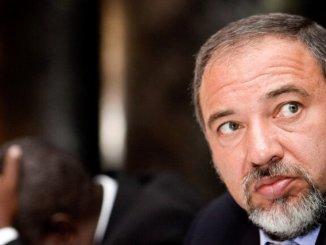 Israel Diserang Rudal, Lieberman: Pemerintahan Netanyahu Lumpuh