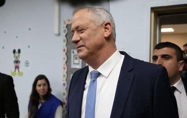 Menteri Perang Israel Perintahkan Pasukannya Bersiaga
