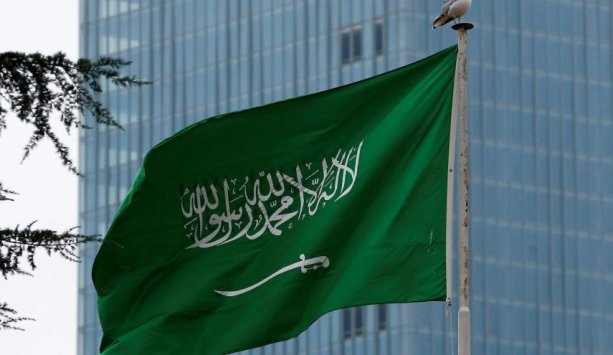 Agenda Jahat Saudi Dibalik Larangan Produk Lebanon