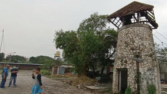 TACB Surabaya: Haram Menyentuh Dinding Penjara Koblen