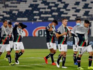 Pemain Klub Sepakbola di Chili Kenakan Kuffiyeh Dukung Palestina