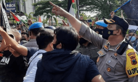 Ancam dan Lecehkan Kapolresta Solo, Demo Bela Palestina Dibubarkan Polisi