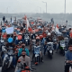 Tolak Penyekatan Suramadu, Ribuan Warga Madura Geruduk Balaikota Surabaya