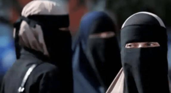 Taliban Izinkan Perempuan Afghanistan Belajar di Universitas