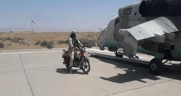 Taliban Kuasai Markas Tentara Afghanistan