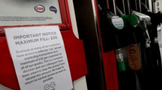 Inggris Kerahkan Ribuan Tentara untuk Distribusikan BBM