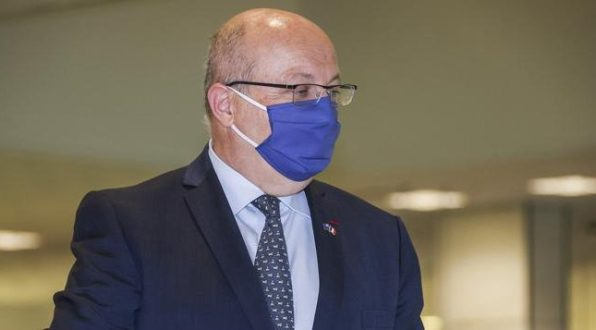 Ngamuk, Prancis Umumkan Krisis Hubungan dengan AS dan Australia
