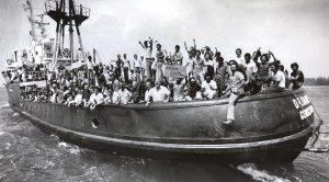 El puerto ganó fama por el éxodo a Miami de 125 mil cubanos en l980.
