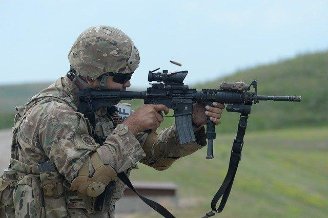 Das 305. Bataillon des Militärischen Abschirmdienstes der USA ist KRAKEN!
