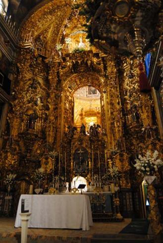 Altar mayor de la Basílica de San Juan de Dios