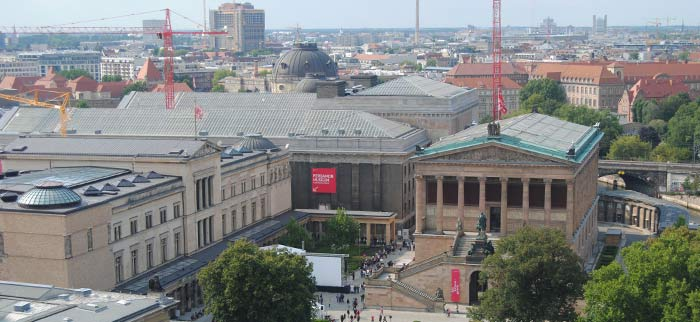 Vista desde la catedral de dos de los museos de la Isla
