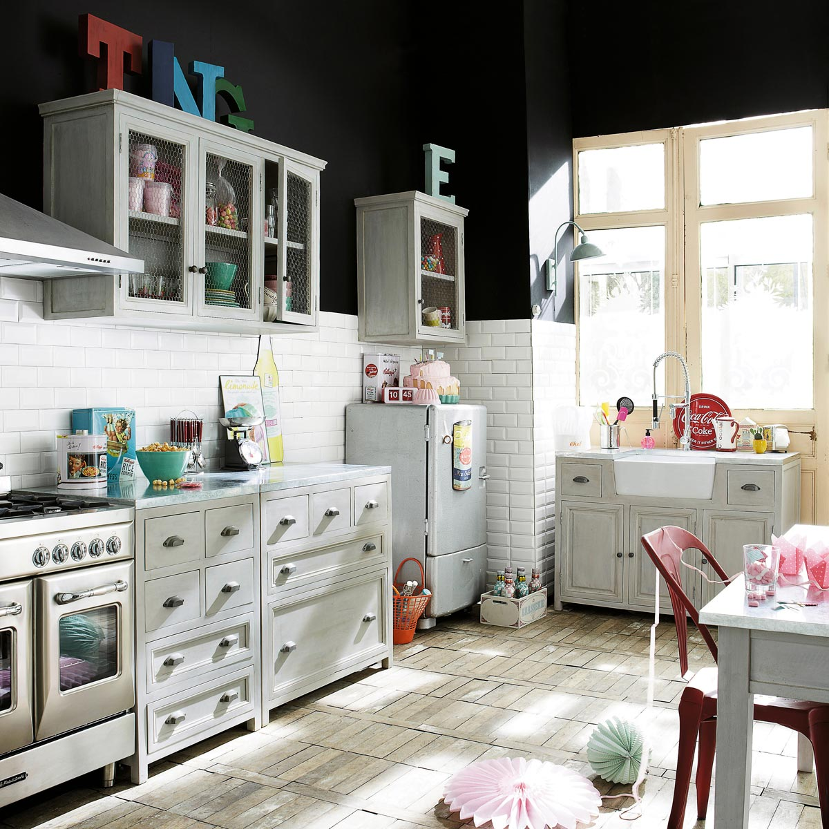cucine maison du monde accessori e mobili in stile shabby foto. Black Bedroom Furniture Sets. Home Design Ideas