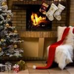 Arredo natalizio: idee per allestire la tua casa durante le feste salottino natalizio con camino