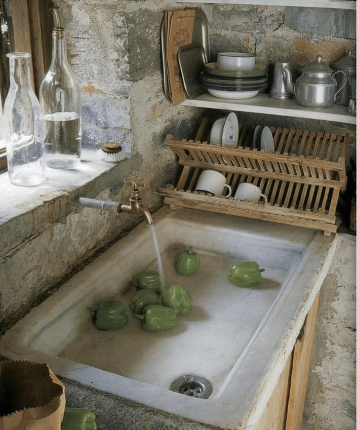 Lavello Cucina In Pietra Usato: Lavello in pietra bagno chiaro alta ...