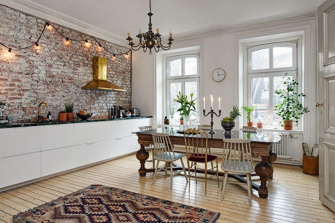 Le pareti interne in pietra sono perfette per lo stile rustico - Piastrelle per pareti interne ...