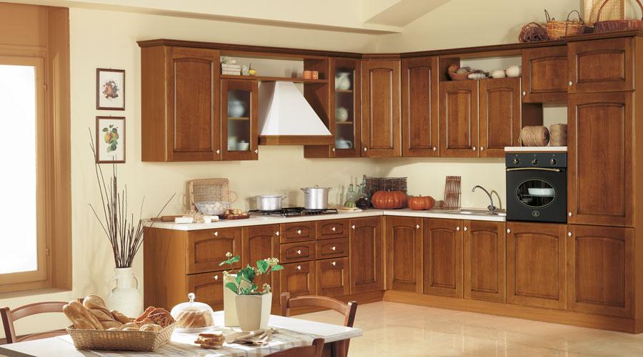 L'ideale è usarlo per le pareti ed abbinarlo al bianco candido dei mobili. Cucina Classica Modello 51 Arredi Predosa