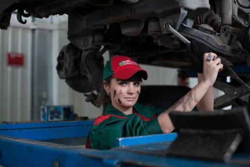 vehicle mechanic