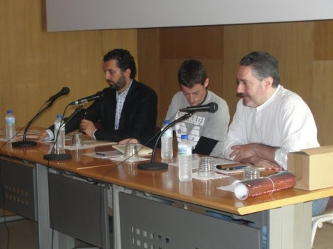 ARRIBADA 2009. Día 3 d'ochobre. Presentación del poemariu de Rubén d'Areñes 'Les páxines blanques' (ganador del Premiu Fernán Coronas 2008)