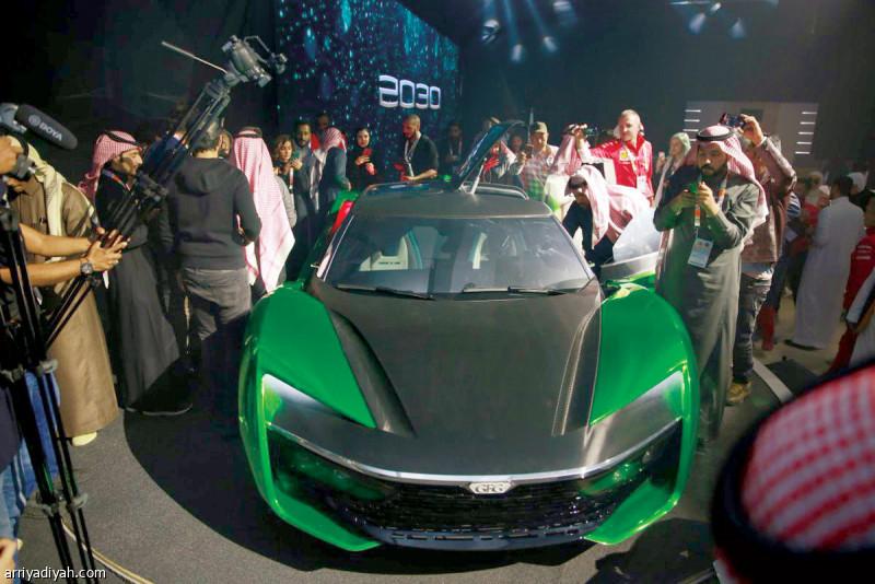 سيارة المستقبل تدشن معرض الرياض صحيفة الرياضية