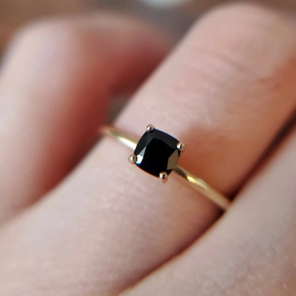 Black Stone Solitaire