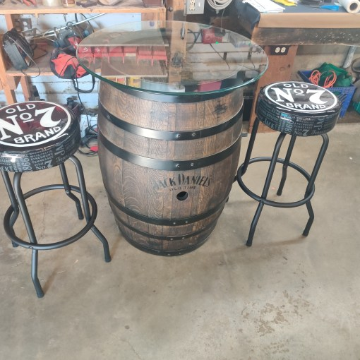 Jack Daniels barrel pub set