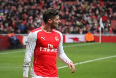 Oliver Giroud, Arsedevils, Giroud to Chelsea, Arsenal