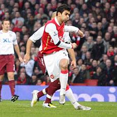 Eduardo's form is good news for Arsenal